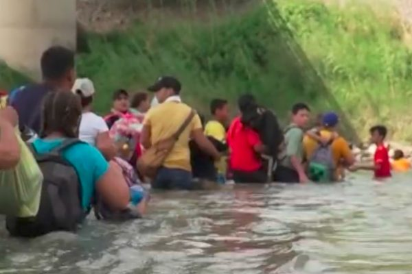 Real America with Jorge Ramos: Desperation at the Border