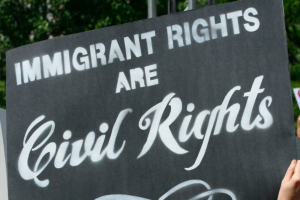 inmigrantes_rights-600x400 Jorge Ramos - Periodista y Escritor