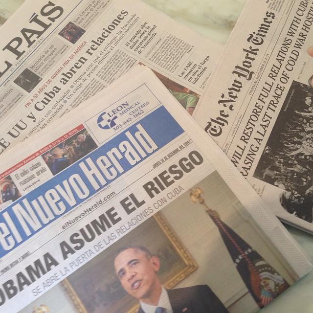More than 50 years for these headlines/Más de 50 años para ver estos titulares