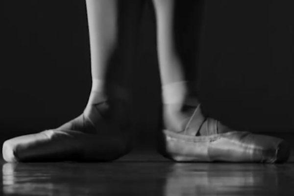 Real America con Jorge Ramos: Bailando por sus vidas