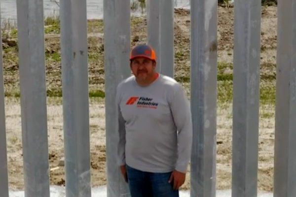Real America con Jorge Ramos: El está construyendo el muro de Trump
